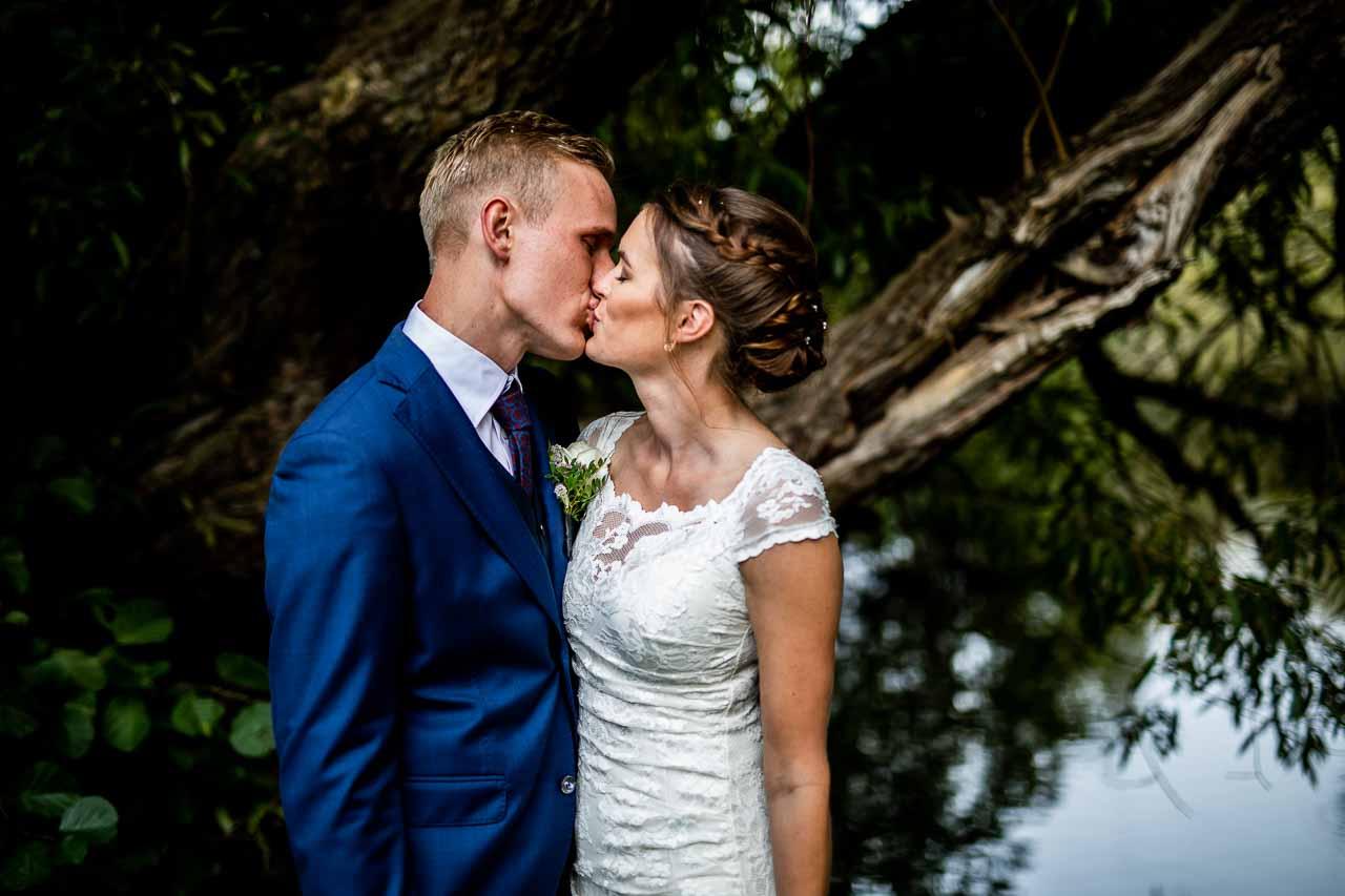 Et billede siger mere en tusinde ord, en bryllupsvideo siger tusinde gange mere end et billede. Over 100 bryllupper